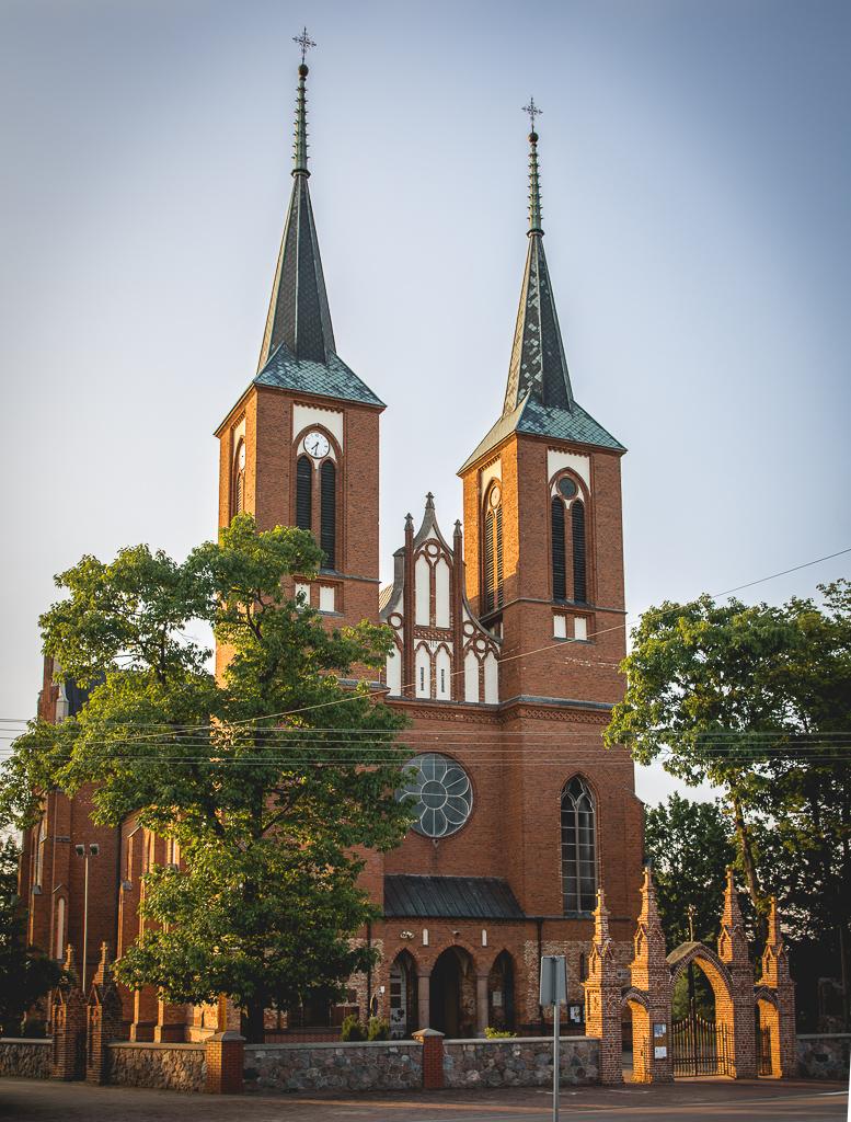 Kościół pw.Wniebowzięcia NMP wDługosiodle